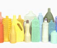 Ambiente ed Ecologia: Legambiente denuncia l'affare sul consumo di bottiglie di plastica in Italia