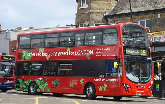 Riciclare fondi di caffè per alimentare gli autobus come biodiesel