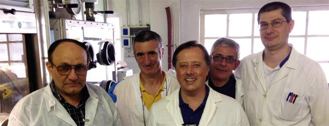 Adriano Marin, in the middle with his collegues and the scientists of Pavia University